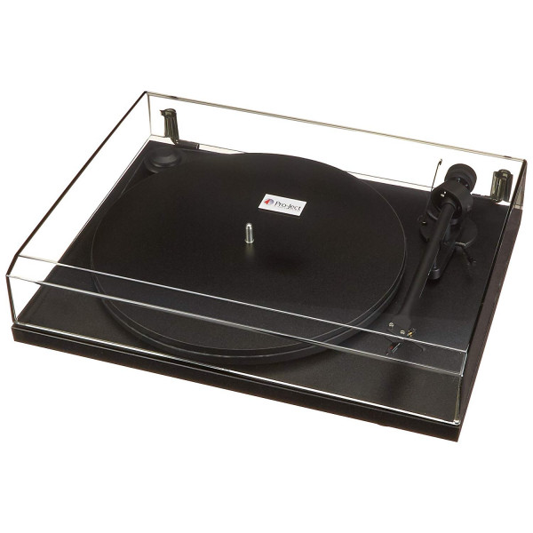 Pro-Ject Essential II USB Turntable with OM5E Cartridge (black)