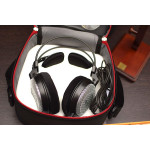 Signature Acoustics Headphone Case cover - Large