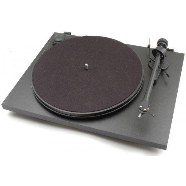 Pro-Ject Essential II 2 speed Turntable with Ortofon OM 5E Cartridge